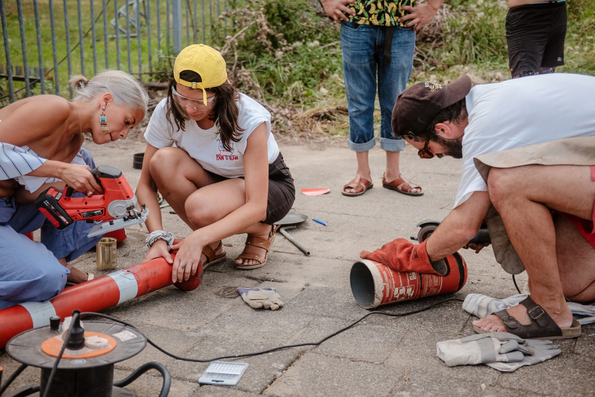 Workshop: Construction of a rocket stove with materials found locally